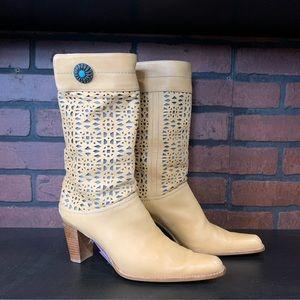 Stuart Weitzman Tan Boots Size 8